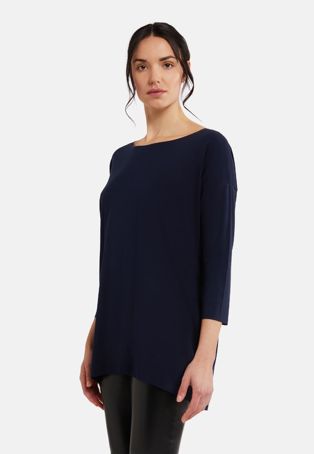 Sweater - navy opal