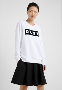 DKNY - BLOCK LOGO - Sweatshirt - white - 0