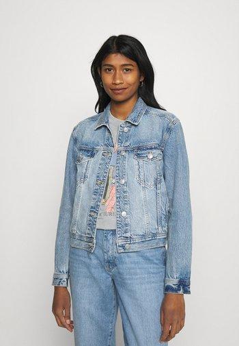 CLASSIC JACKET - Denim jacket - medium wash