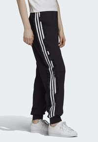 adidas Originals - BELLISTA SPORTS INSPIRED JOGGER PANTS - Pantalones deportivos - black - 3