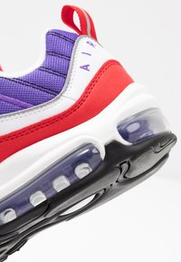 Nike Sportswear - AIR MAX 98 - Zapatillas - psychic purple/black/university red/white - 2