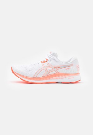 EVORIDE TOKYO - Neutral running shoes - white/sunrise red