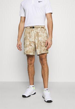 SLAM SHORT - Pantaloncini sportivi - parachute beige/white