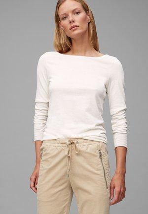 Long sleeved top - chalk white
