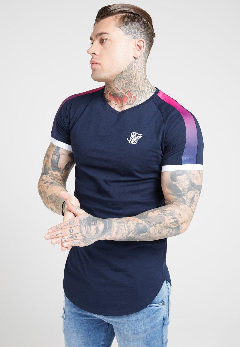 SIKSILK - Print T-shirt - dark blue