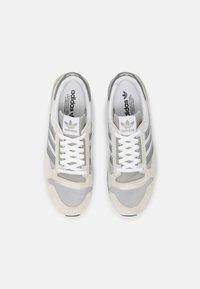 adidas Originals - ZX 500 UNISEX - Sneakers - orbit/grey four/white - 5