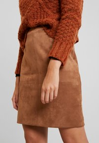 comma - Mini skirt - camel - 3