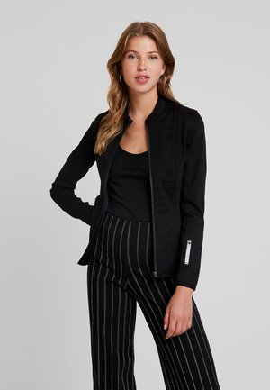 LYNN TAILORED SLIM - Button-down blouse - lt wt slander stay black ss