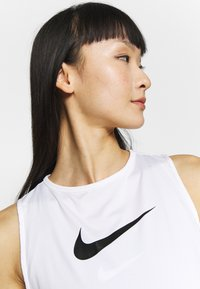 Nike Performance - TANK ESSENTIAL - Camiseta de deporte - white - 3