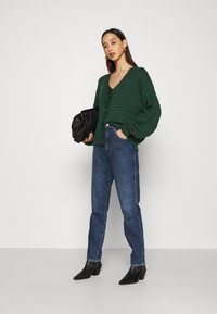 Monki - NINNI CARDIGAN - Cardigan - green - 1