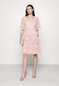Needle & Thread - BIJOU ROSE MINI DRESS - Cocktailklänning - paris pink - 1