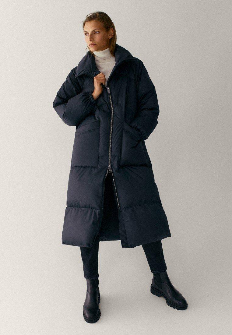 Massimo Dutti - MIT STEPPNÄHTEN  - Winter coat - dark blue