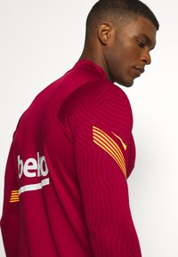 Nike Performance - FC BARCELONA DRY  - Equipación de clubes - noble red/amarillo