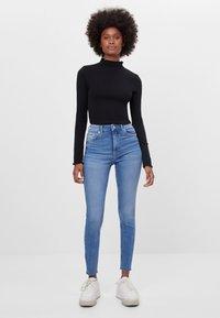 Bershka - Jeans Skinny Fit - blue - 1