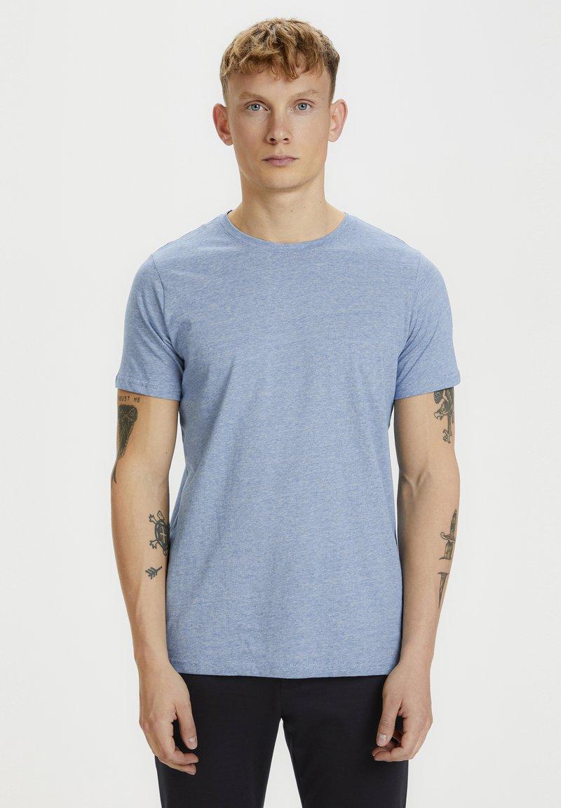 Matinique - JERMANE - Print T-shirt - sharp blue