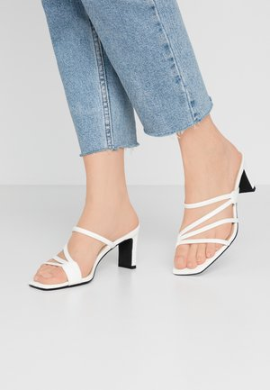 SQUARED STRAPPY  - Heeled mules - white