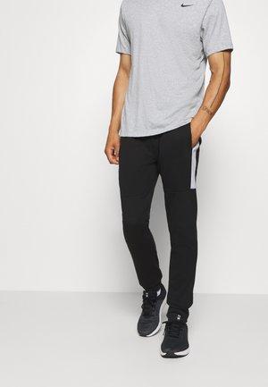 JJIWILL JJSEEN PANT - Teplákové kalhoty - black