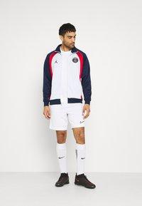 Nike Performance - PARIS ST. GERMAIN - Klubové oblečení - white/midnight navy - 1