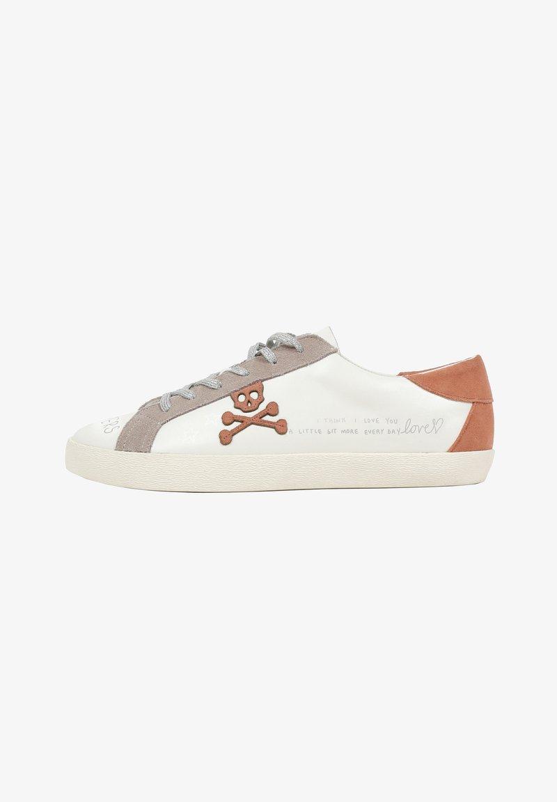 Scalpers - LIA GRAFFITI - Sneakersy niskie - white