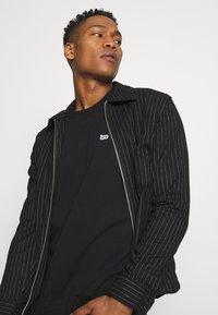 Lee - PLAIN CREW - Sweatshirt - black - 3