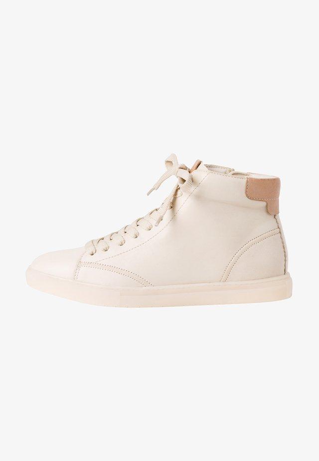 Sneakers hoog - ivory almond