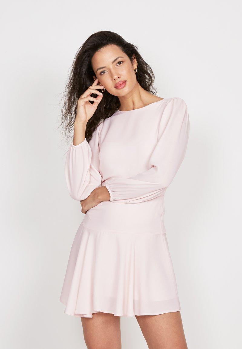 True Violet - Day dress - pink