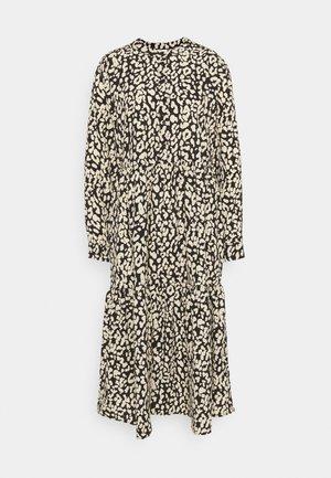 KAKINDA DRESS - Denní šaty - black/beige