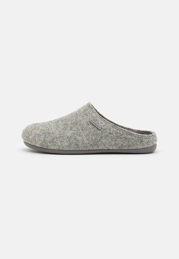 JON - Pantuflas - grey
