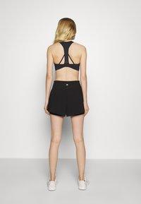 Cotton On Body - HIGHWAIST RUNNING SHORT - Pantalón corto de deporte - black - 2
