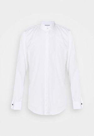 PAULY - Kostymskjorta - white