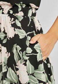 Buffalo - Jersey dress - schwarz rosa bedruckt - 4