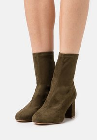 Even&Odd - Classic ankle boots - khaki - 0