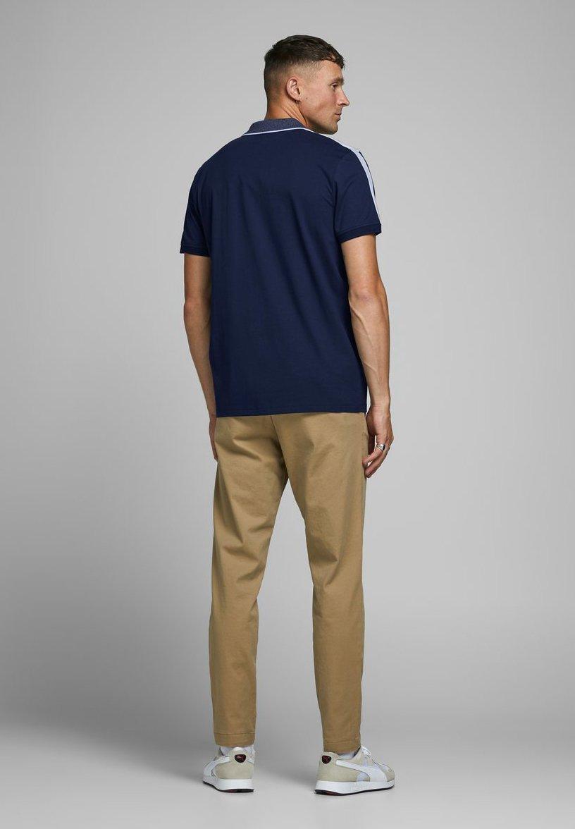 Jack & Jones Polo shirt - navy blazer DnZZE