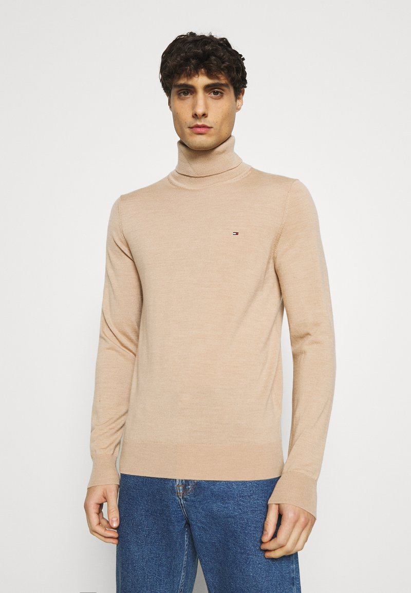Tommy Hilfiger Tailored - FINE GAUGE LUXURY ROLL  - Jumper - pale camel heather