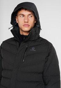 Salomon - ICETOWN JACKET - Snowboardjakke - black - 4
