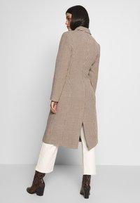 Ivyrevel - TAILORED COAT - Abrigo clásico - white - 2