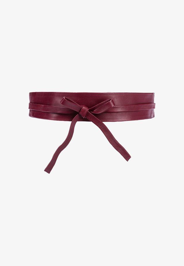 Waist belt - rubinrot