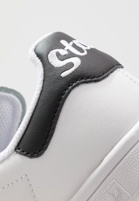 adidas Originals - STAN SMITH - Sneakers - footwear white/core black - 2