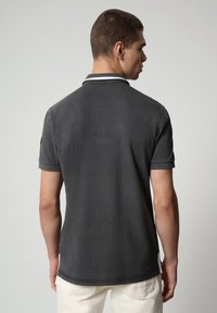 Napapijri - GANDY - Poloshirt - dark grey solid - 2