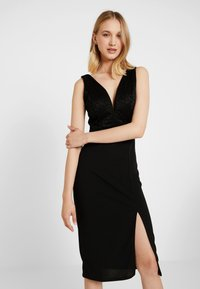 WAL G. - V NECK MIDI - Shift dress - black - 3