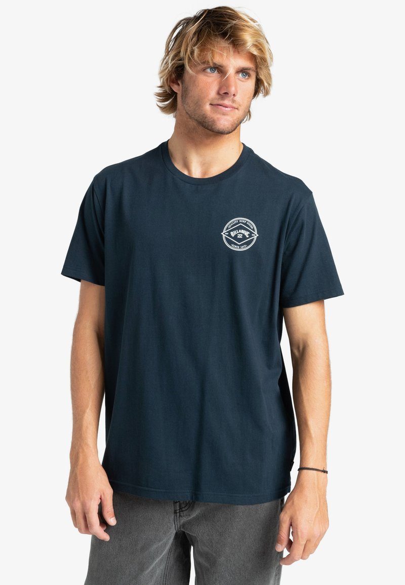 Billabong - ROTOR ARCH  - Print T-shirt - navy