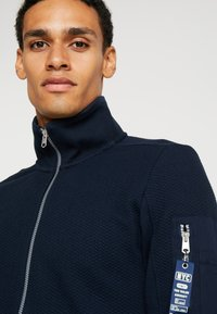 TOM TAILOR - STRUCTURED JACKET WITH DETAILS - Zip-up hoodie - sky captain blue - 3