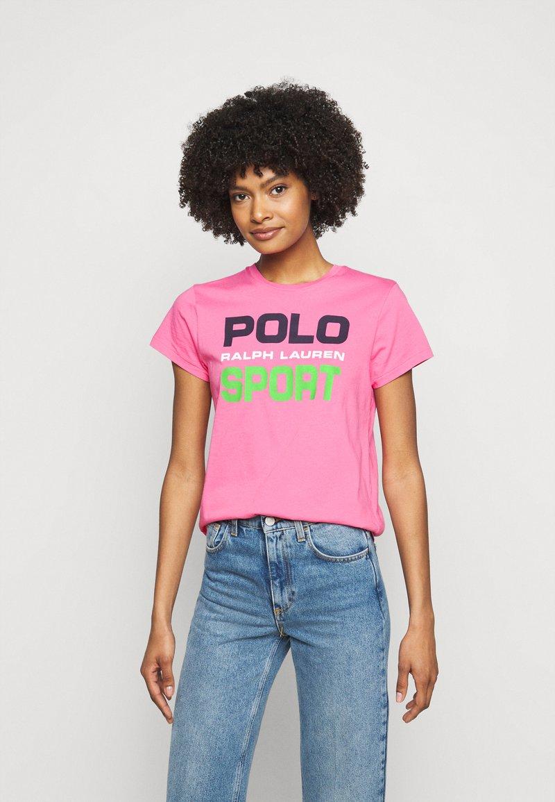 Polo Ralph Lauren - T-shirt con stampa - pink