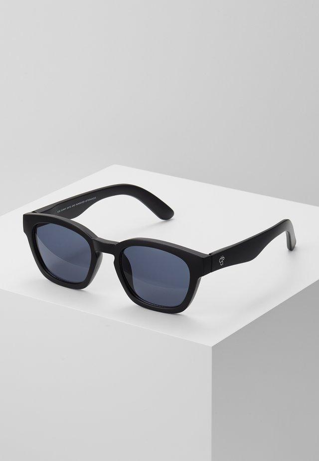 VIK - Sluneční brýle - black