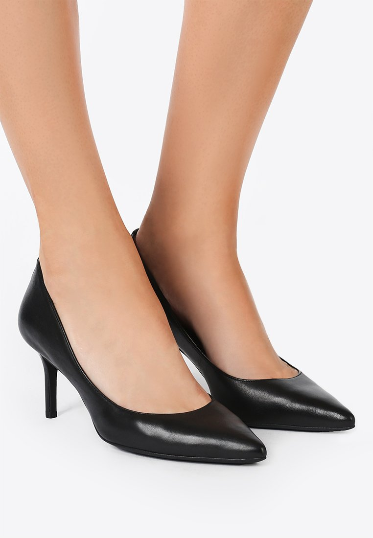 Lauren Ralph Lauren - SUPER SOFT LANETTE - Classic heels - black