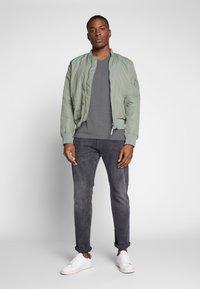 Esprit - T-shirt - bas - medium grey - 1