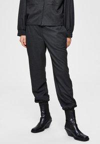 Selected Femme - Trousers - dark grey melange - 0