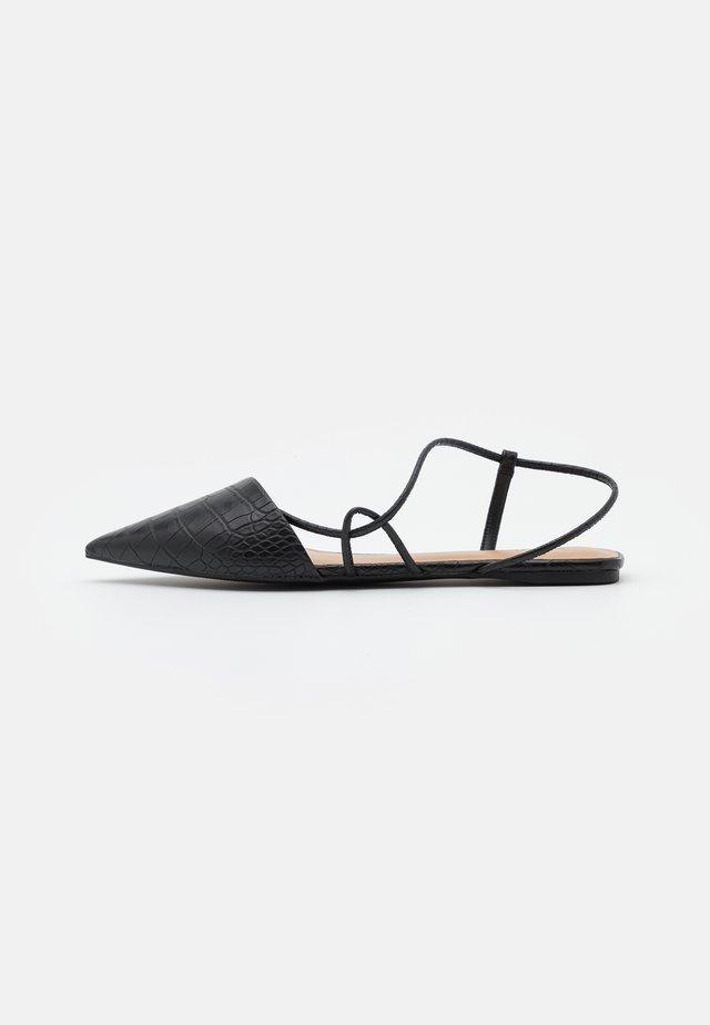 SELENA - Ballerinasko m/ rem - black