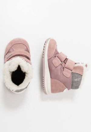 Snowboots  - phard