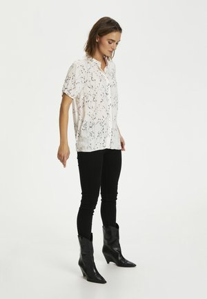 FIAIW  - Button-down blouse - light branches